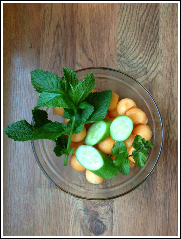Cucumber Melon Mint Smoothie | Healthful Mama